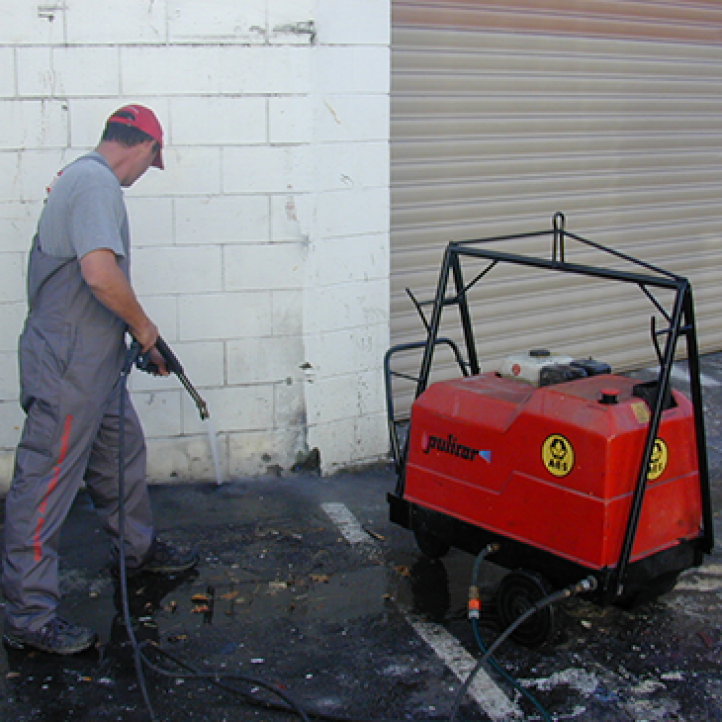 151102 Cleaning Maintenance waterblasting and steam cleaning